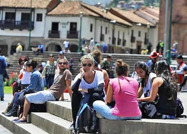 Ven a conocer los 10 destinos de aventura ideales para viajar con amigos en Perú